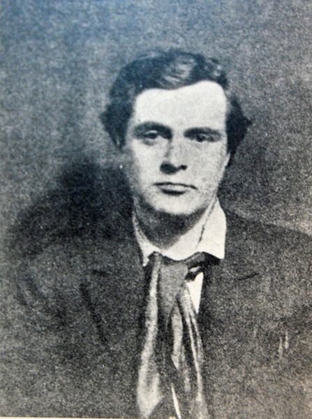Amedeo Modigliani em Paris com cachecol vermelho